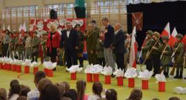Uroczysty koncert z okazji Narodowego Święta Niepodległości w Szkole Podstawowej nr 382